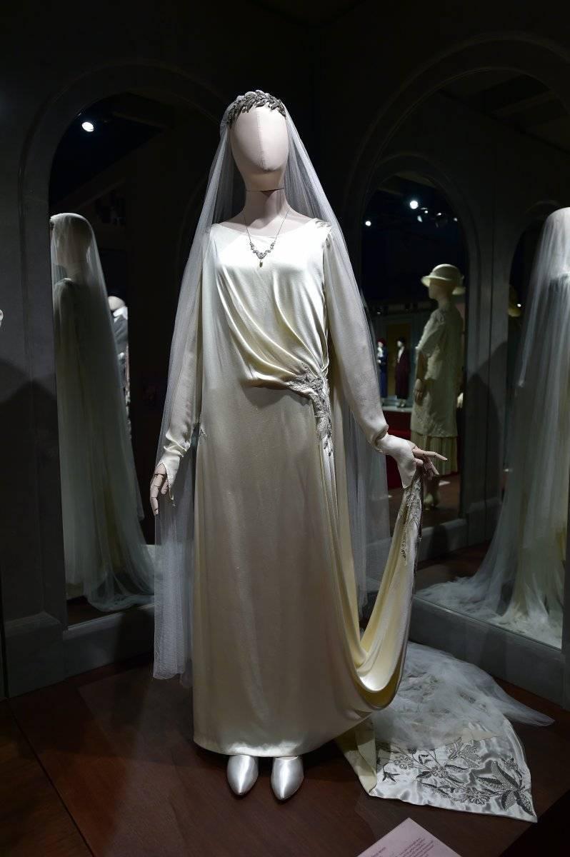 Los vestidos de boda reflejan la esencia y el momento de los personajes.