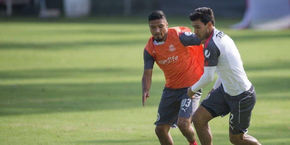 Chivas regresó este martes a entrenar con equipo completo
