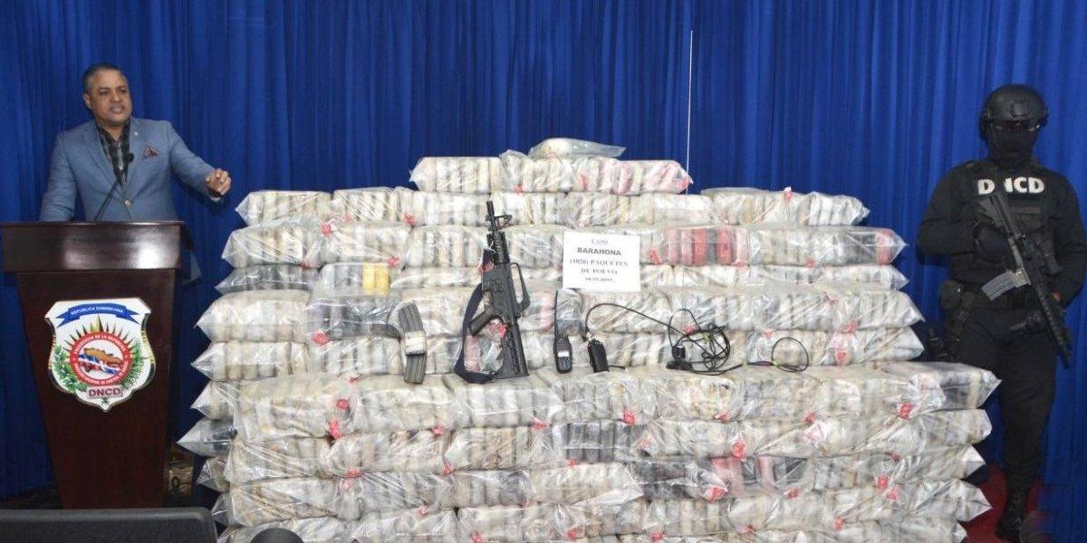 DNCD decomisa más de mil 500 paquetes cocaína y arresta 12 personas