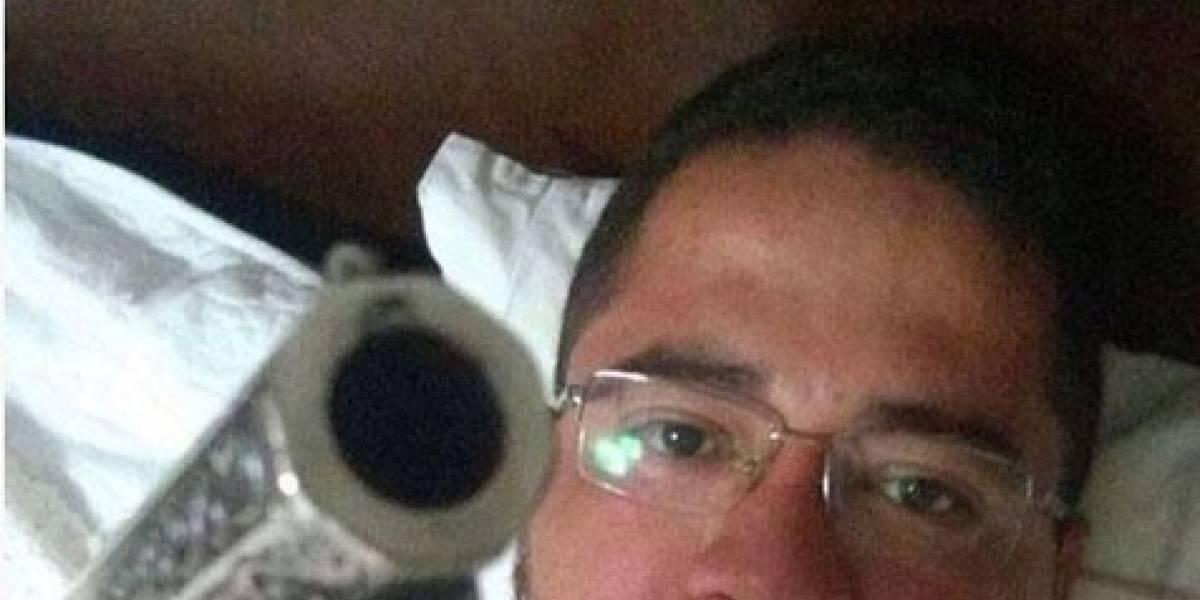 Padre de MT gera polêmica por postar foto com arma no WhatsApp