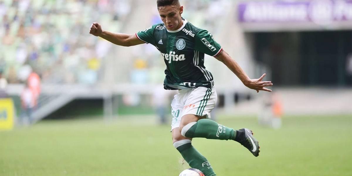 Palmeiras dá o troco e cobra pelo empréstimo de Raphael Veiga