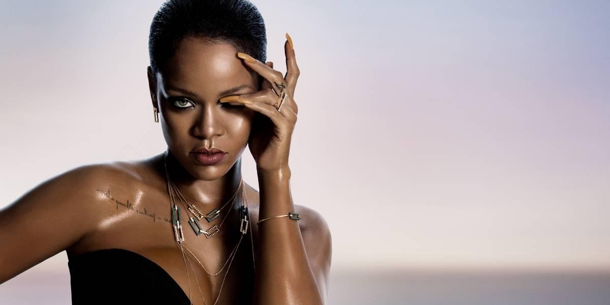 Rihanna presenta labial inspirado en la menstruación