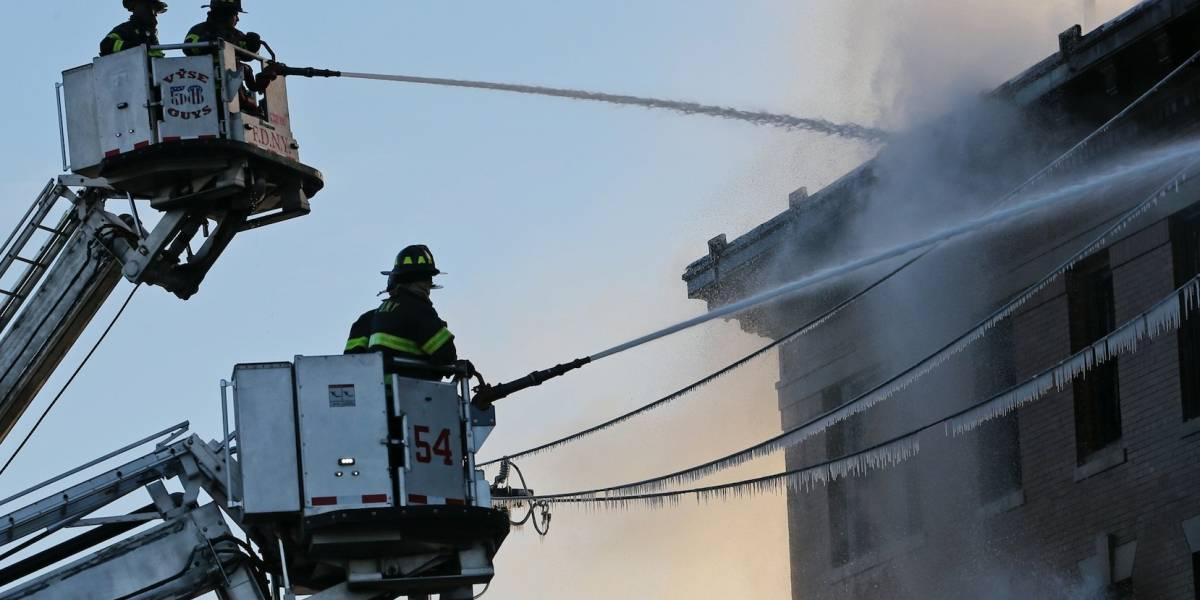Incendio en edificio en el Bronx deja 23 heridos