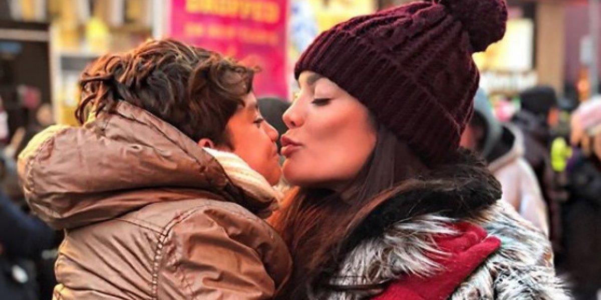 """Zuleyka Rivera arremete contra """"cibernauta impropio"""""""