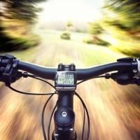 En condición de cuidado hombre en bicicleta atropellado en Guayanilla