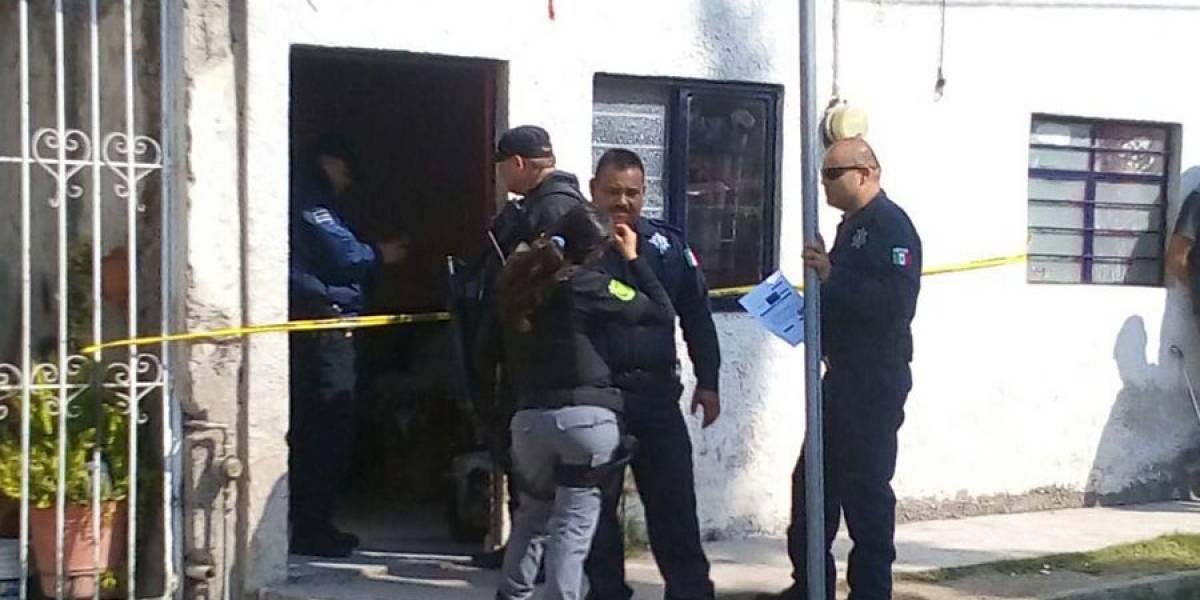 Mueren dos hermanos al incendiarse su cuarto