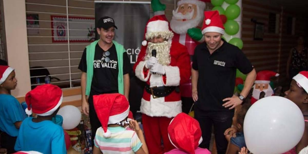 Fundación De Valle regala sonrisa a niños de la Casa Rosada y colegio Cavalotto
