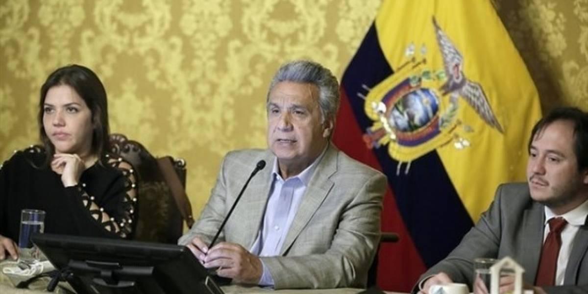 Ecuador estimula crecimiento económico con adopción política cielos abiertos