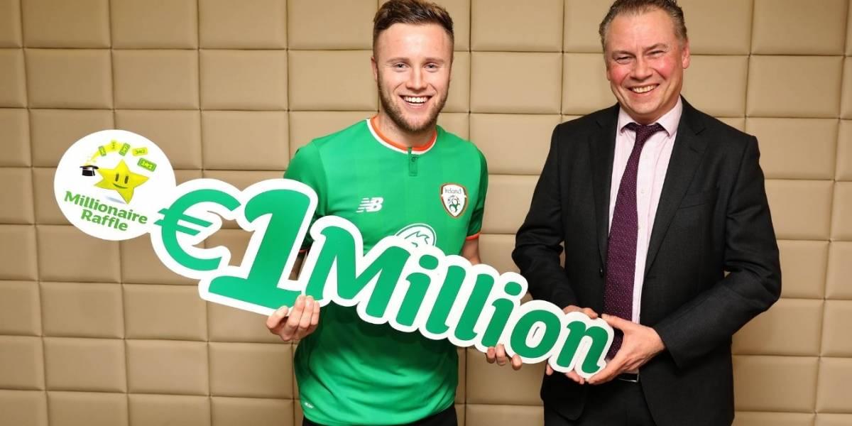 Un futbolista irlandés gana un millón de euros en la lotería