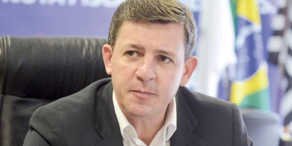 Prefeito de São Bernardo reclama de dívida da gestão anterior e promete tocar projetos parados