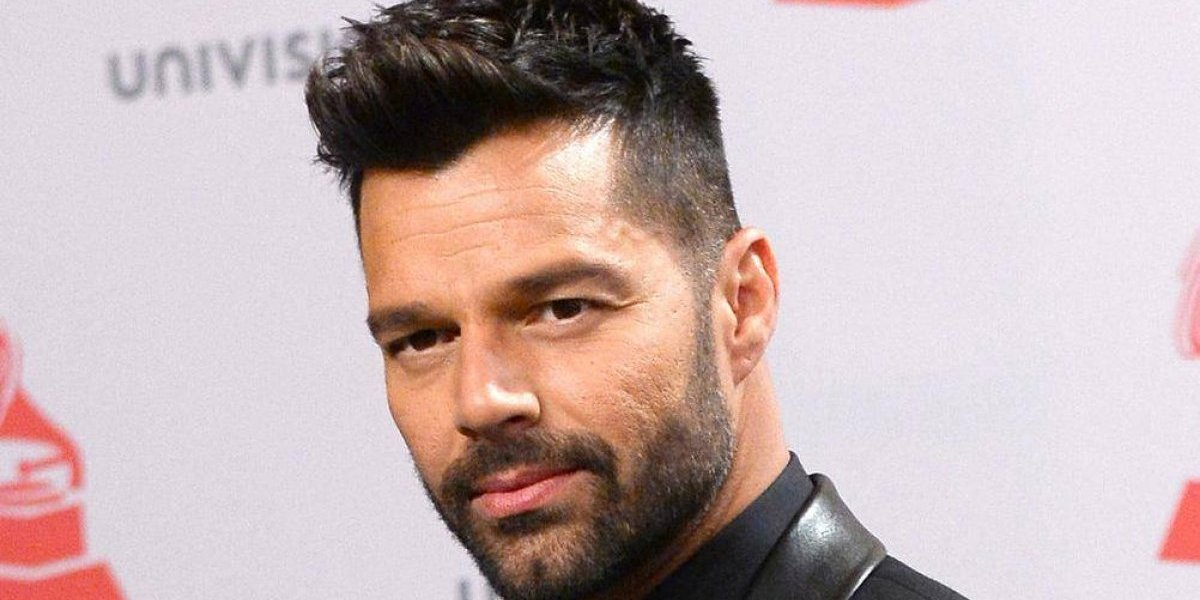 Ricky Martin mostrará su trasero por primera vez en televisión