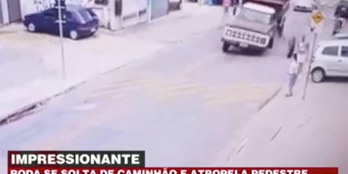 Roda se solta de caminhão e atropela pedestre em SP