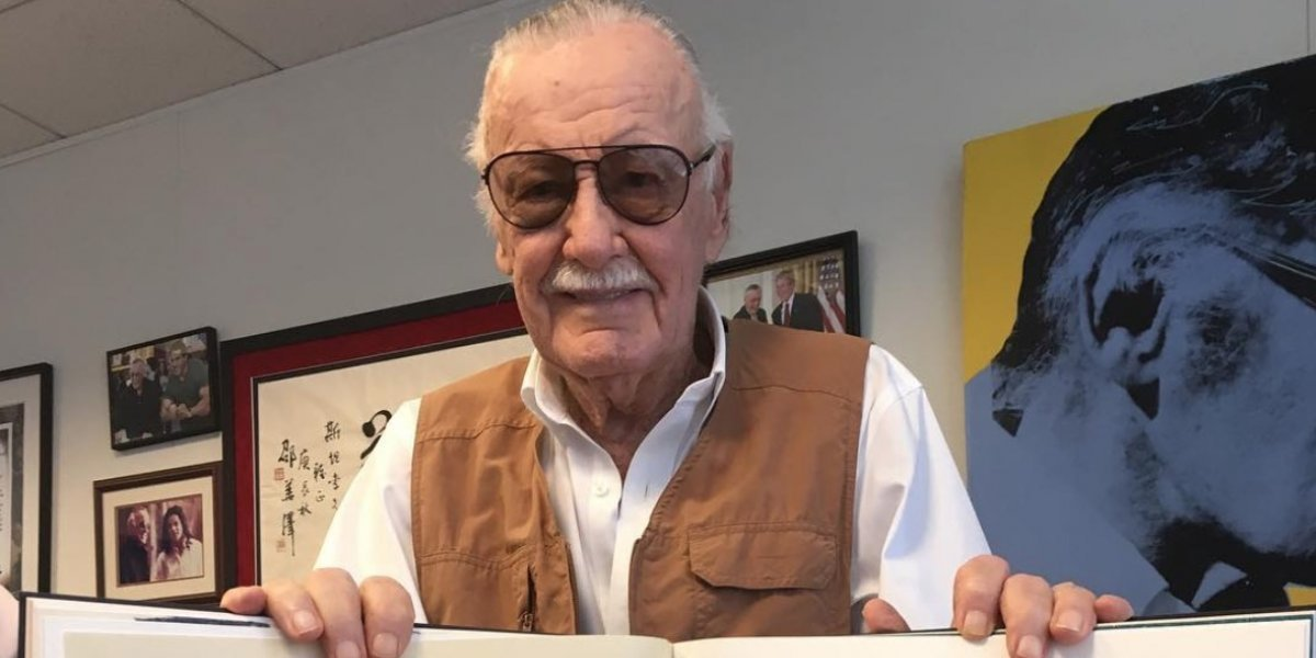 Roban a Stan Lee 300 mil dólares por medio de un cheque falso