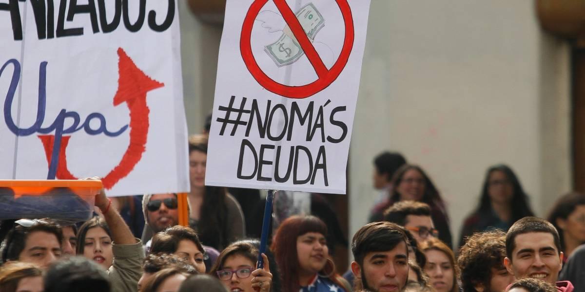 Delpiano apunta a Hacienda por retraso en proyecto que modifica el CAE