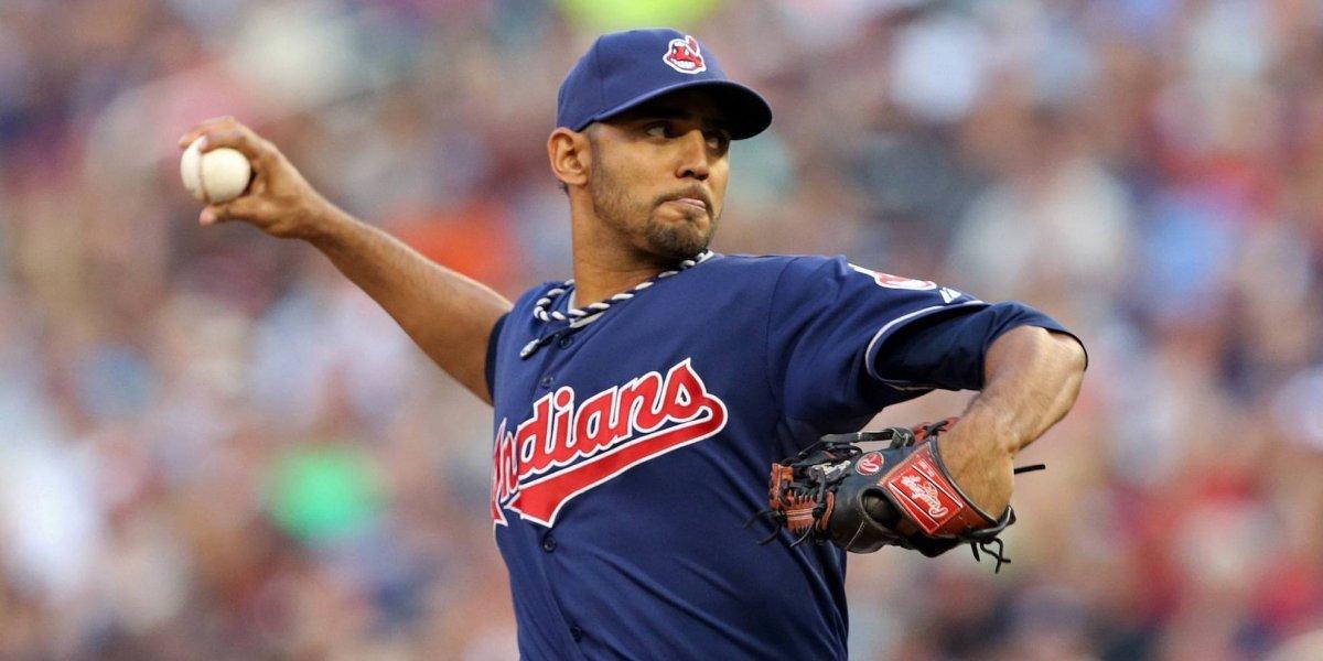 Indios de Cleveland dispuestos a cambiar a Danny Salazar