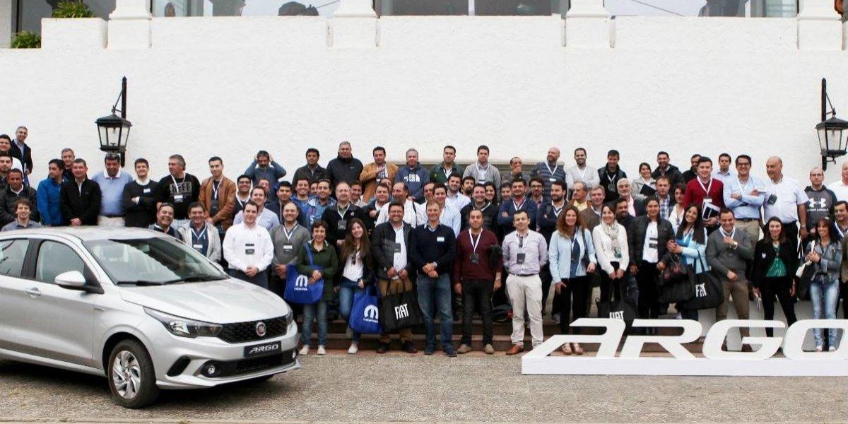 Fiat capacita personal para atención del nuevo Argo