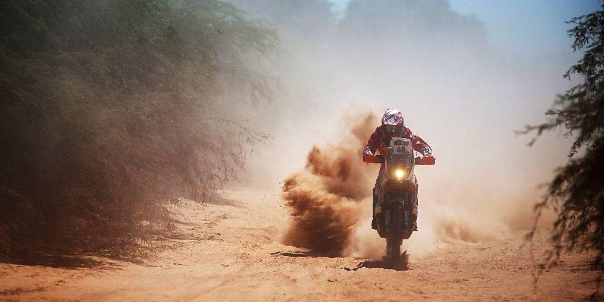 El Dakar suma chilenos: José Ignacio Cornejo se sube a la moto y será el octavo nacional en carrera