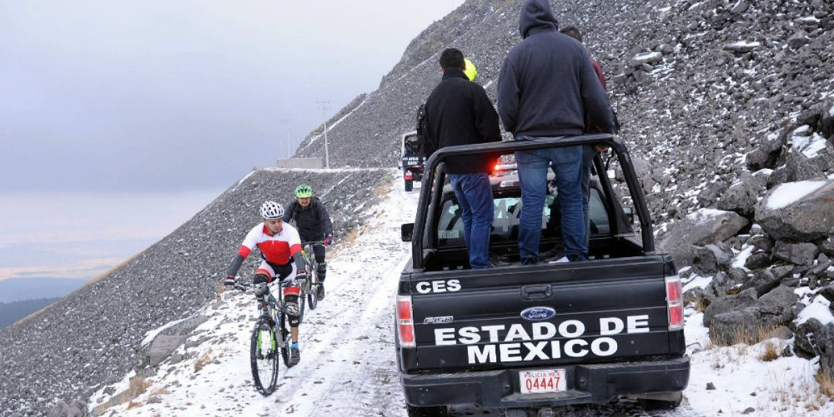 Se extravían tres personas en el Nevado de Toluca
