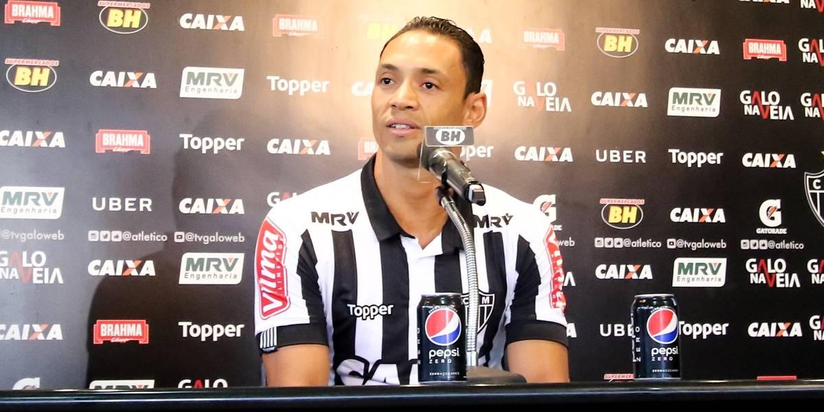 Ricardo Oliveira evita comparação com Fred no Atlético-MG