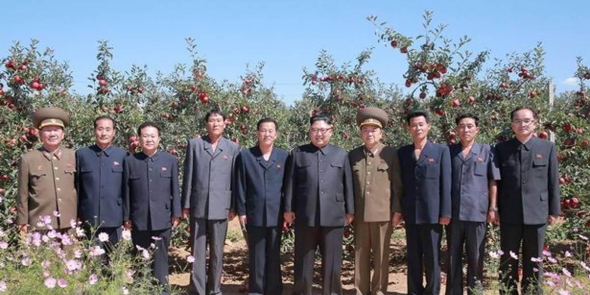 ¿Qué oculta entre sus pantalones Kim Jong-un? El debate tras el llamativo vestuario del líder de Corea del Norte
