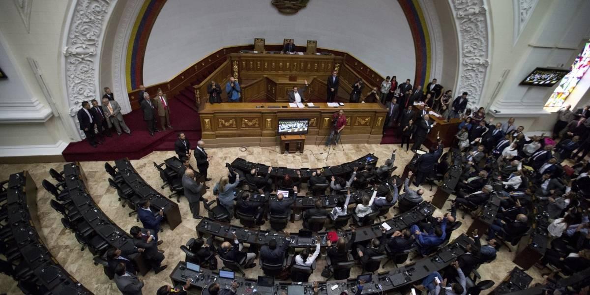 Borges deja la presidencia del Parlamento venezolano, su reemplazo se abre al diálogo