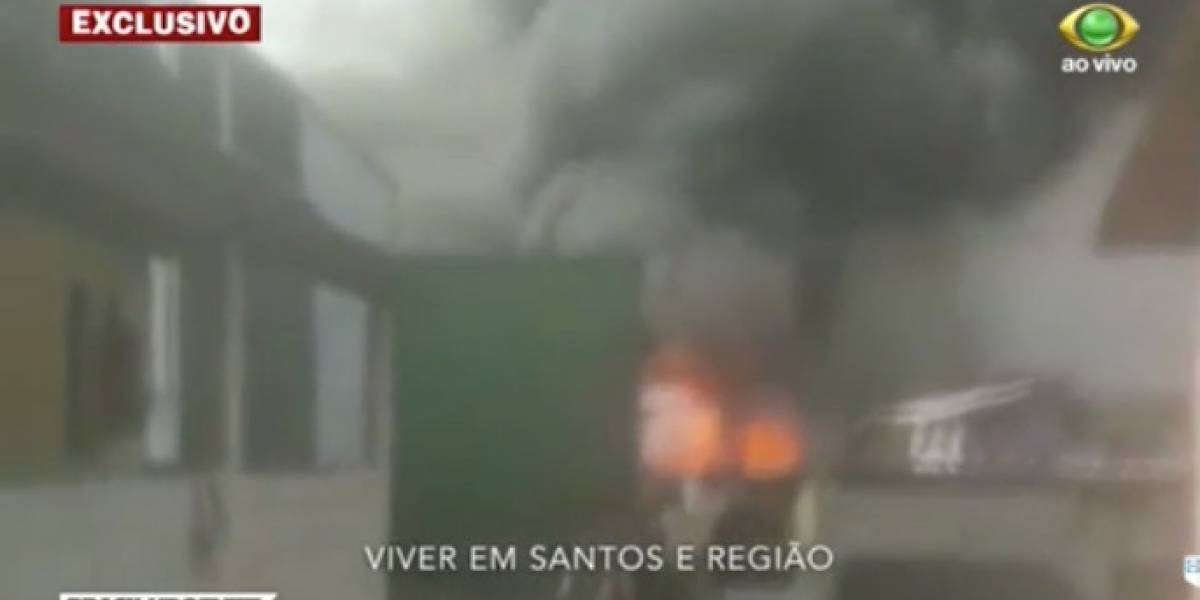 Incêndio em Santos deixa quatro pessoas feridas e ao menos 124 desalojadas