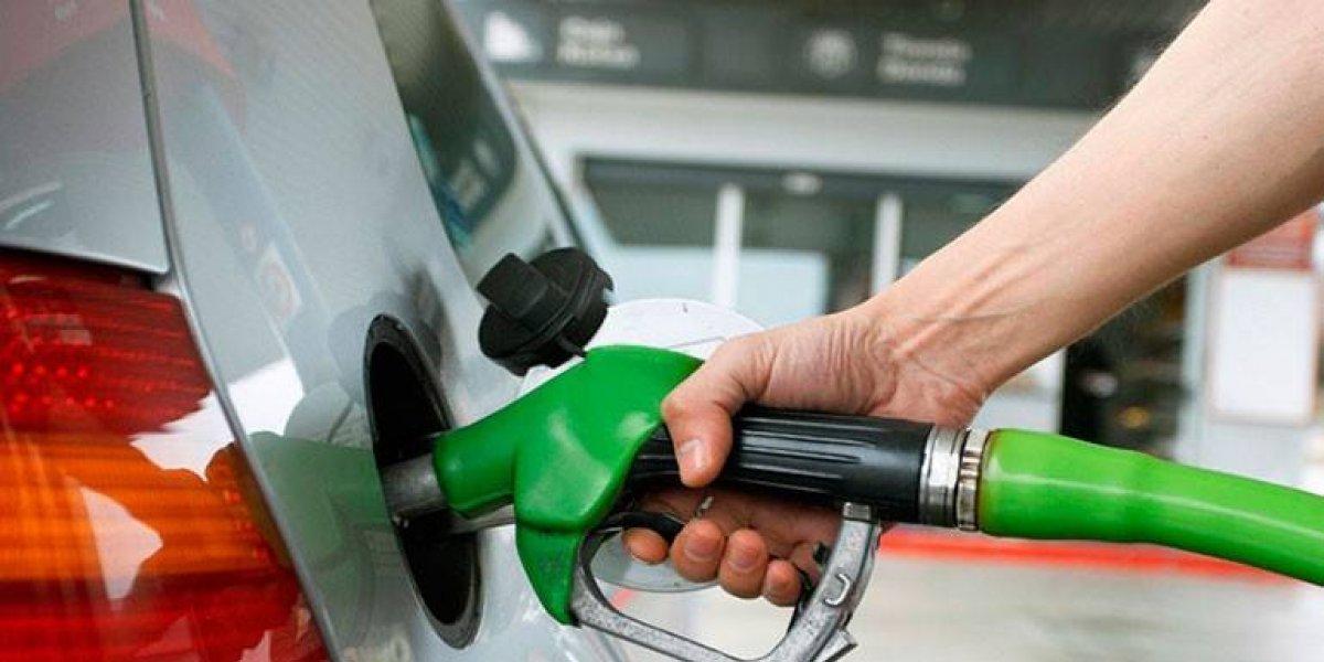 Combustibles suben entre dos y seis pesos a partir de mañana