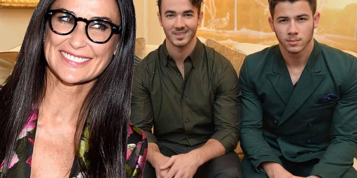¿Demi Moore y un ex Jonas Brothers juntos?