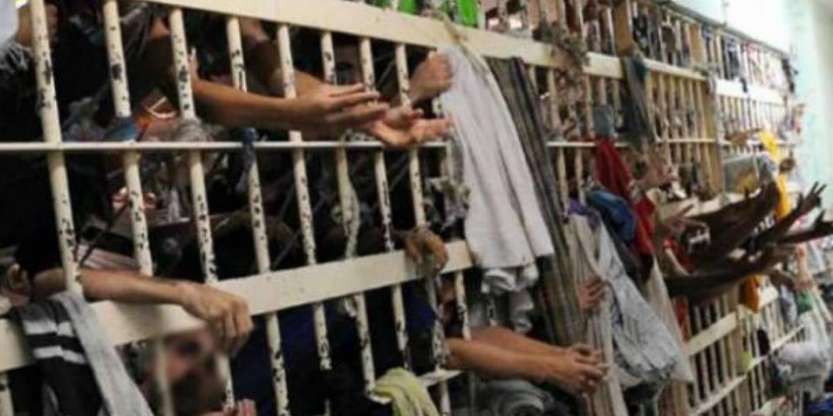 Dez detentos morrem durante briga em cadeia pública no Ceará