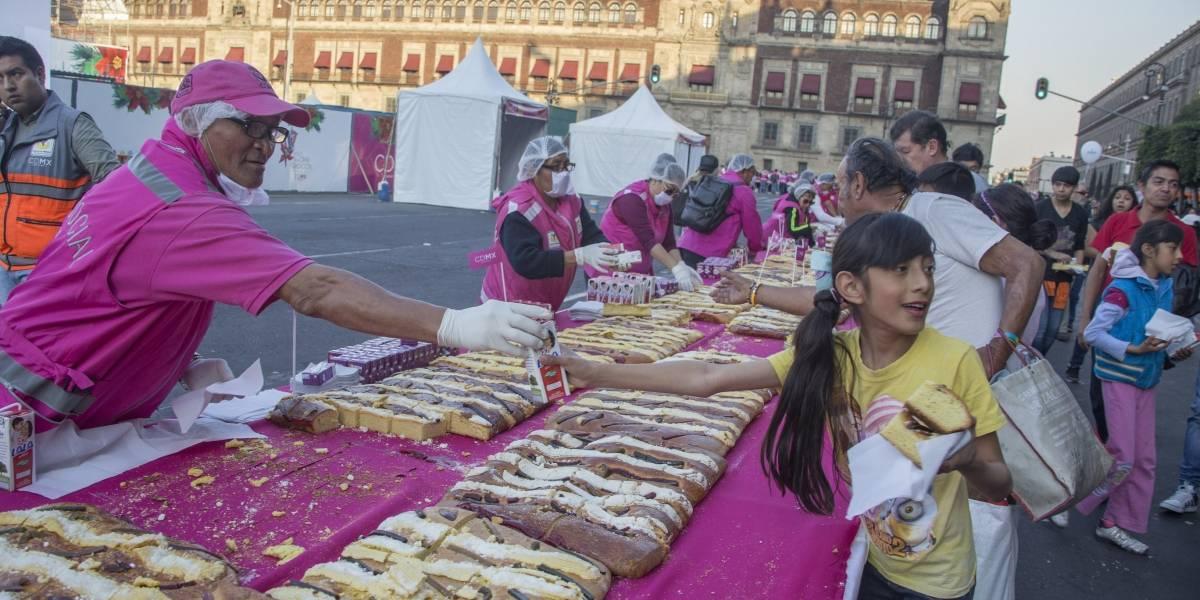 ¿A qué hora parten la Mega Rosca de Reyes en el Zócalo?
