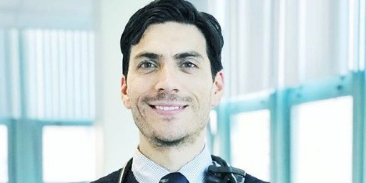 Este es el doctor vegano que conquista las redes
