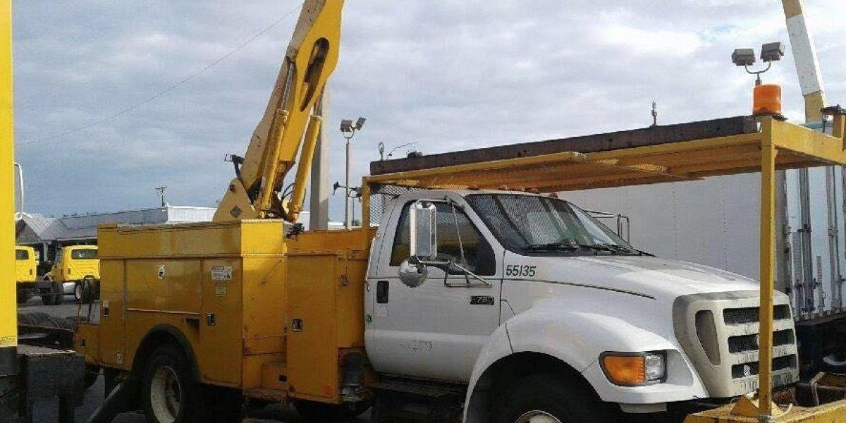 Alcaldesa de Morovis compra camión para cooperar con AEE