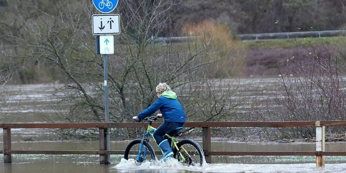 Aguaceros y nieve derretida causan inundaciones en Alemania