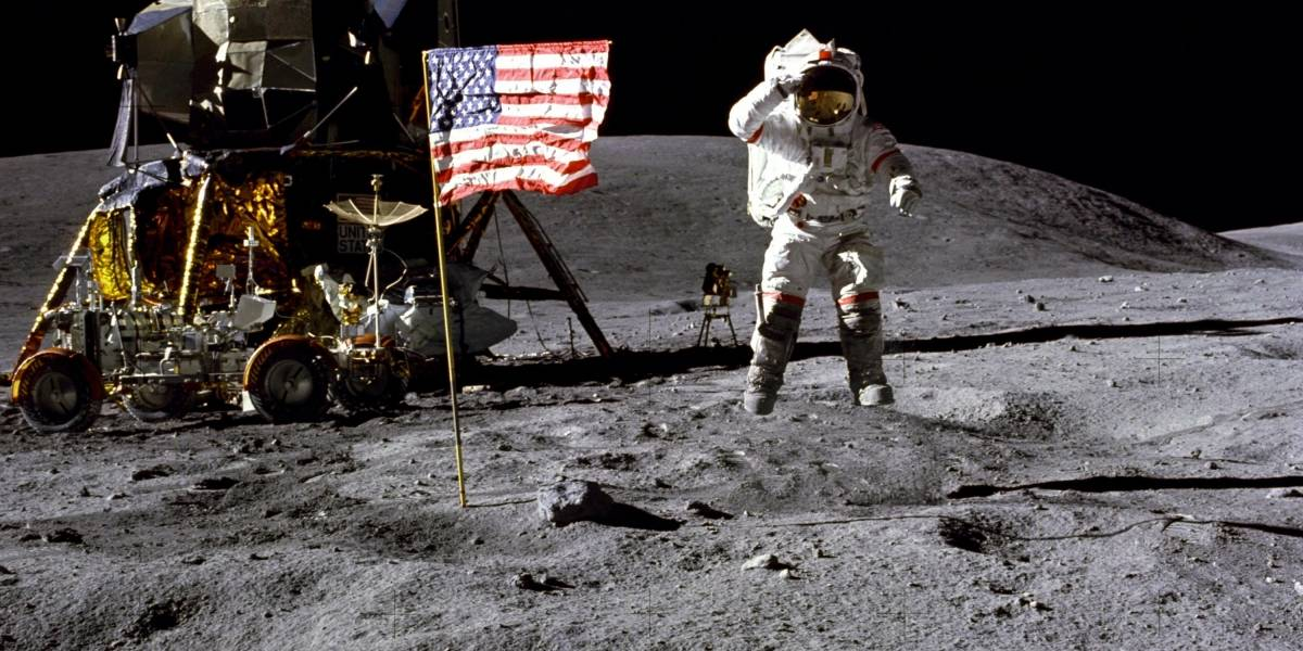 Murió John Young, astronauta que voló seis veces al espacio