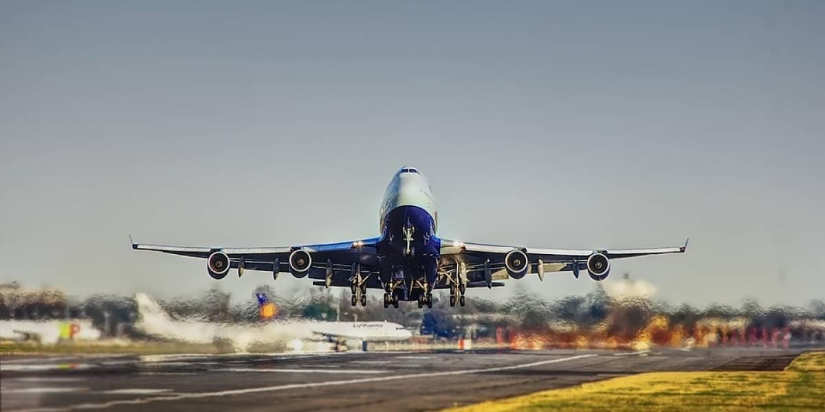 Chocan dos aviones de pasajeros en el Aeropuerto de Toronto