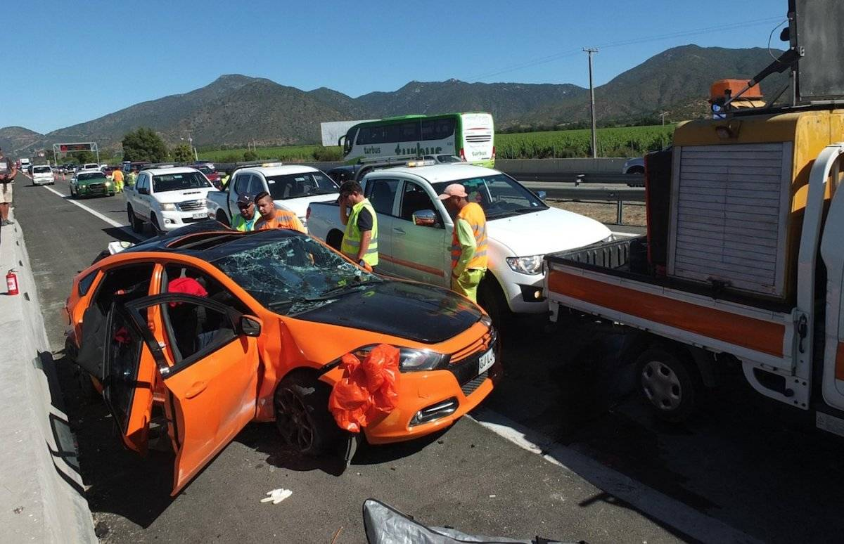 Personal de emergencia concurrió al sitio del accidente.
