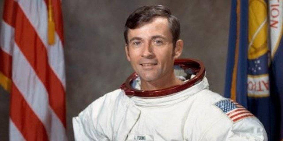 Morre John Young, 1º comandante do ônibus espacial