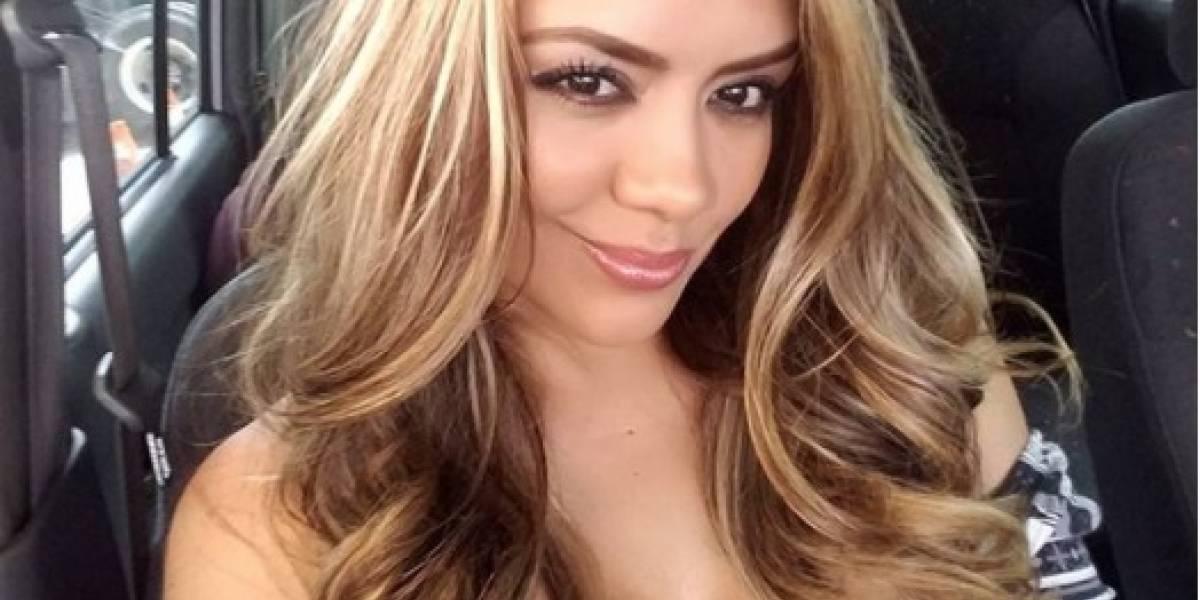 Ex Miss Hooters Guatemala presenta su pancita de embarazada con sensual foto