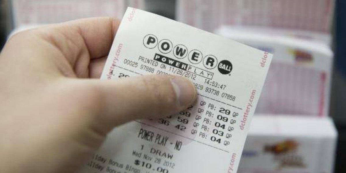 Ganador de los $2 millones del Powerball reclama su premio