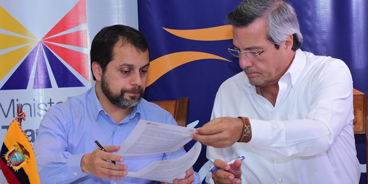 Guayas le devuelve USD 26,4 millones al Gobierno por autopista Progreso-Playas
