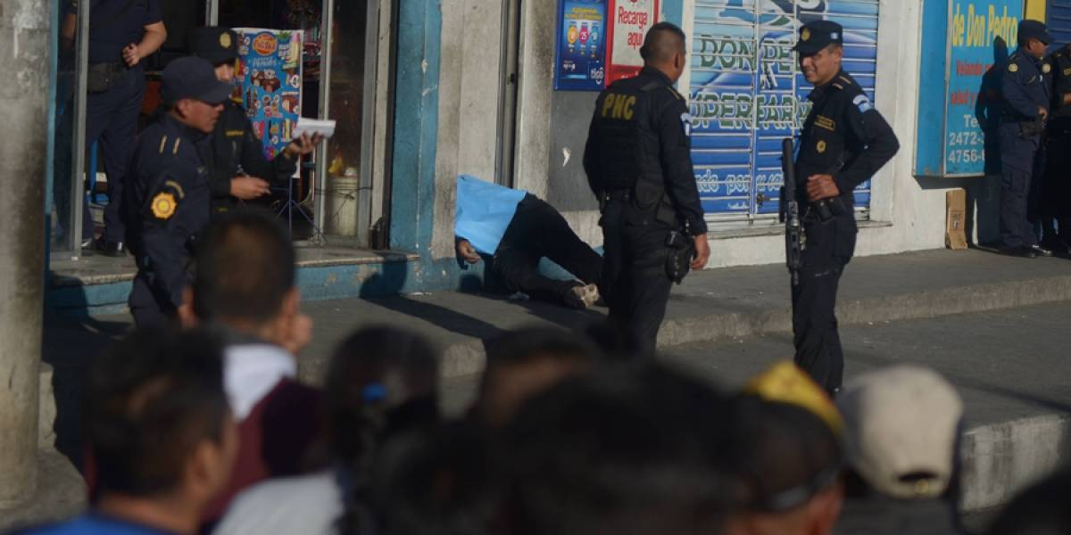 Dos muertos deja ataque armado en la zona 7 capitalina