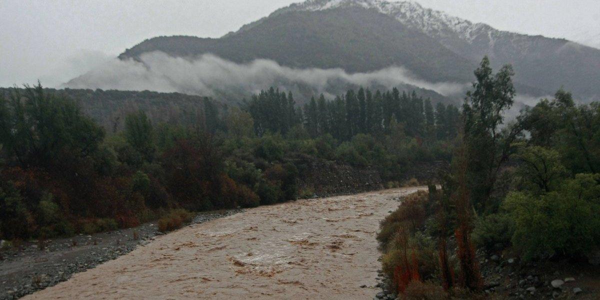 Onemi declara alerta temprana en San José de Maipo por lluvias que podrían causar aluviones