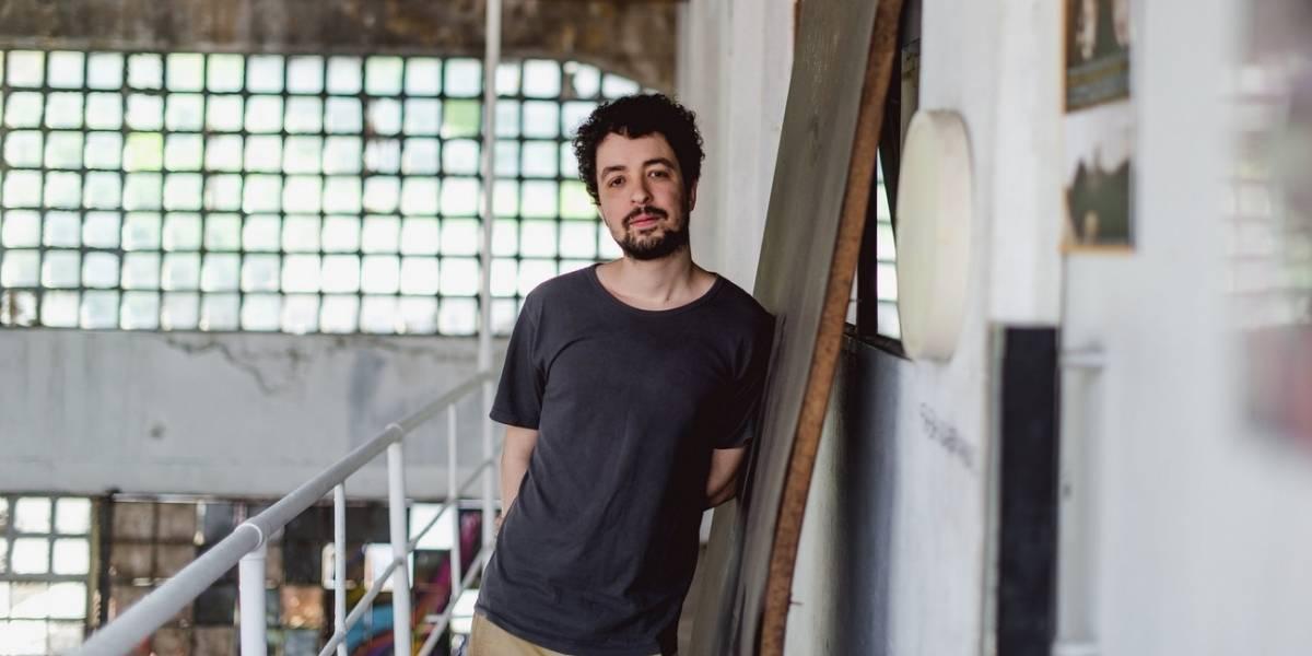 Cantor Cícero vai da melancolia à euforia em seu 4º disco de inéditas