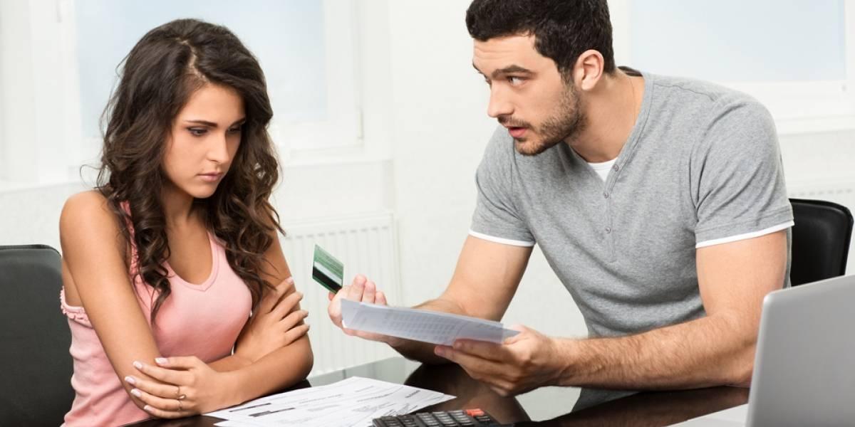 Desocupó la cuenta bancaria de su novio por venganza
