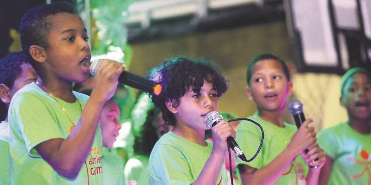 """Fundación """"Abriendo Camino"""" realizó fiesta con infantes de Villas Agrícolas"""