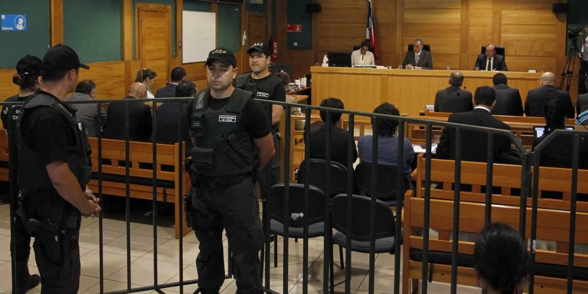 Caso Luchsinger- Mackay: Tribunal pide detención de 7 imputados