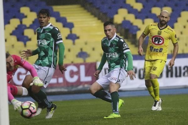 Jugador de Wanderers sufrió un fuerte accidente automovilístico en la Quinta Región