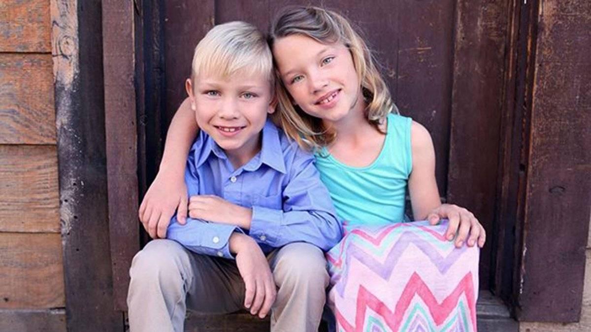 El nombre real del niño es Grant Holmquist, y tenía menos de un año cuando participó de la película.