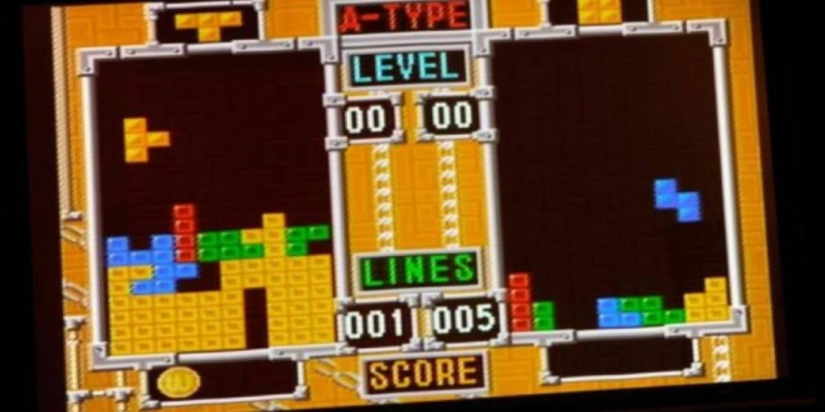 """""""Tengo una inmensa sensación de satisfacción con él"""": joven que tuvo una """"relación"""" con una calculadora ahora quiere casarse con su Tetris"""