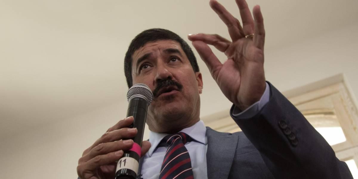 Hacienda bloqueó recursos para Chihuahua, acusa Corral